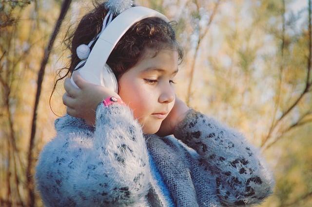 Gehörschutz Kindergarten: Geeignete Kopfhörer für Ihr Kind